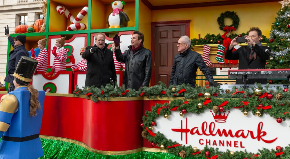 The Chicago band rode the float Heartwarming Holiday Countdown by the Hallmark Channel.