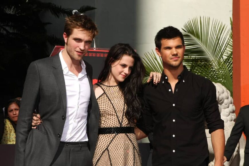 Robert Pattinson, Kristen Stewart, and Taylor Lautner attended the 2011 Hand and Foot Cermemony in Grauman's Theater.